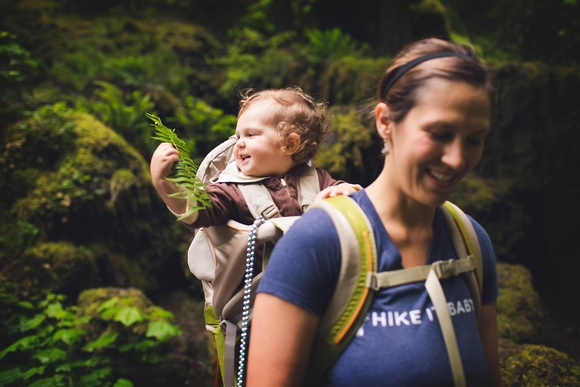 Time Outdoors Ignites a Baby's Senses (2)