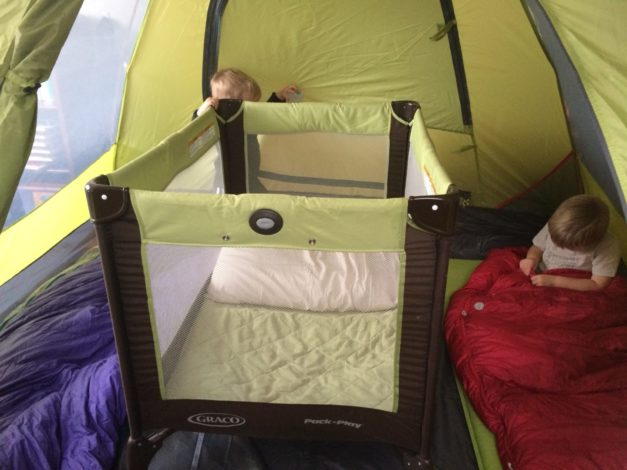 4 man tent sleep set up with a pack n play for 2 adults and an infant