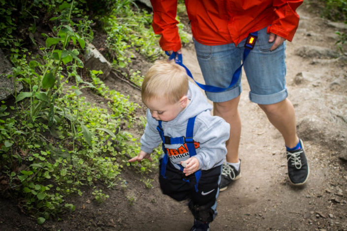 3 Trail Safety Tips You Must Know by Rachel Kirkham for Hike it Baby