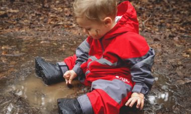 5 Gear Essentials for Hiking by Kirby Crawford for Hike it Baby