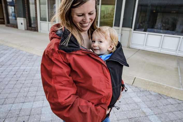 5 comfy and cozy baby covers for Hike it Baby