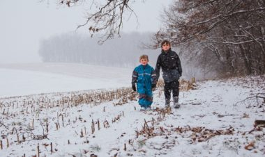 10 Ways to enjoy the snow by Jessica Nave for Hike it Baby