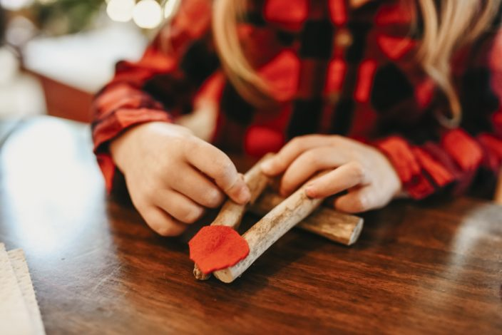 4 Winter crafts for kids for Hike it Baby
