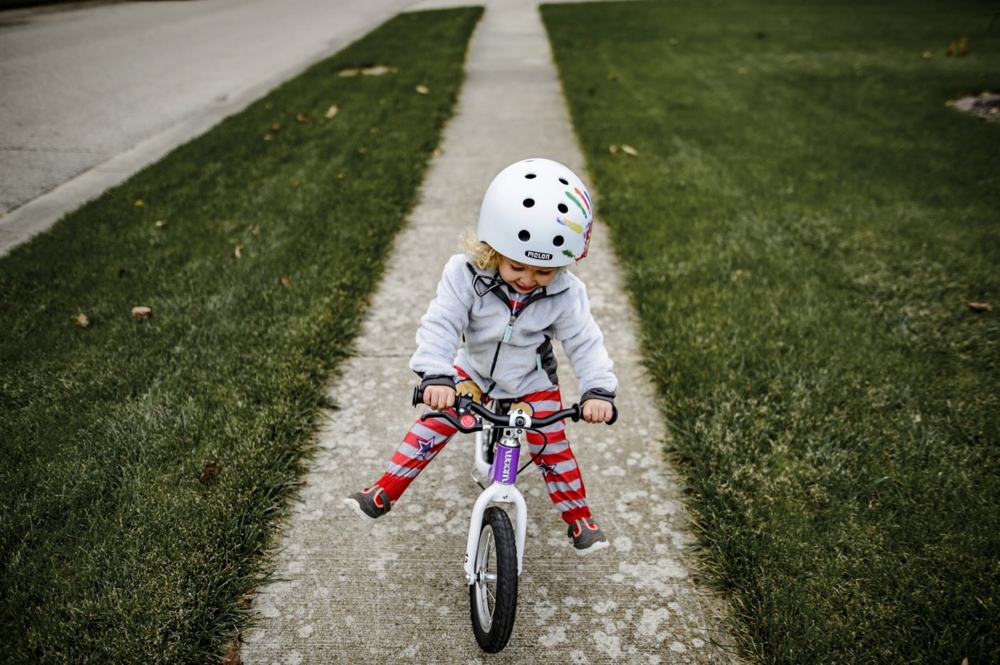 0aa19869dac Balance Bikes vs. Training Wheels - Hike it Baby