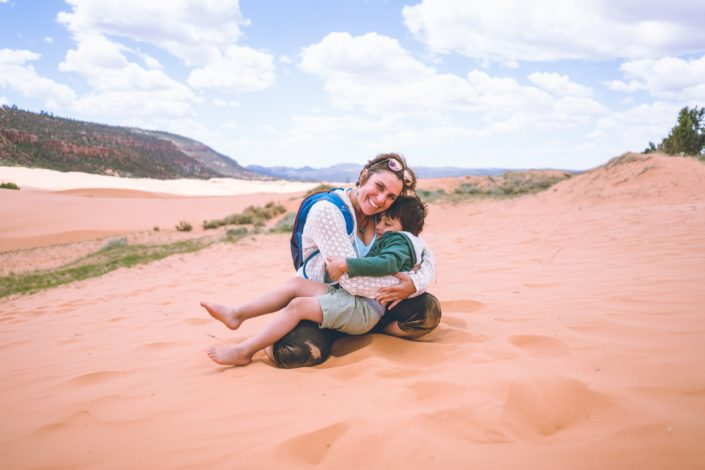 How to navigate desert hiking by Shanti Hodges for Hike it Baby