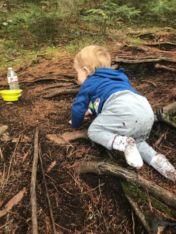 How to soothe a cranky baby on trail by Natalie/Becca for Hike it Baby