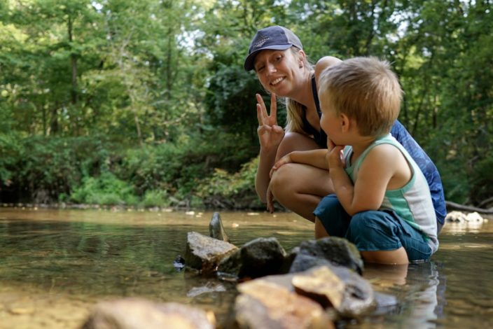 How to use American Sign Language on the trail by Emily Christensen for Hike it Baby
