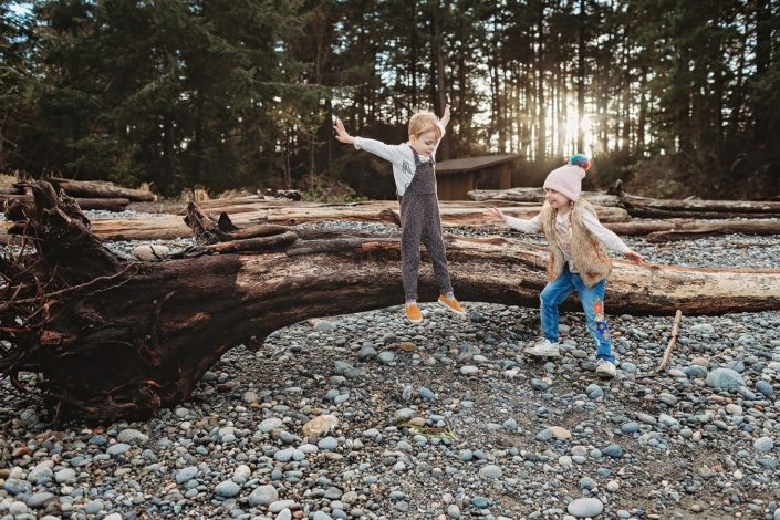 The Do's and Don'ts of Risky Play by Annie Fortunato for Hike it Baby