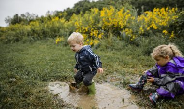 How jumping in puddles can boost the immune system by Samantha Reddy for Hike it Baby