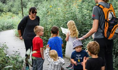 How to teach your kids to be kind in nature by Jenyfer Patton for Hike it Baby