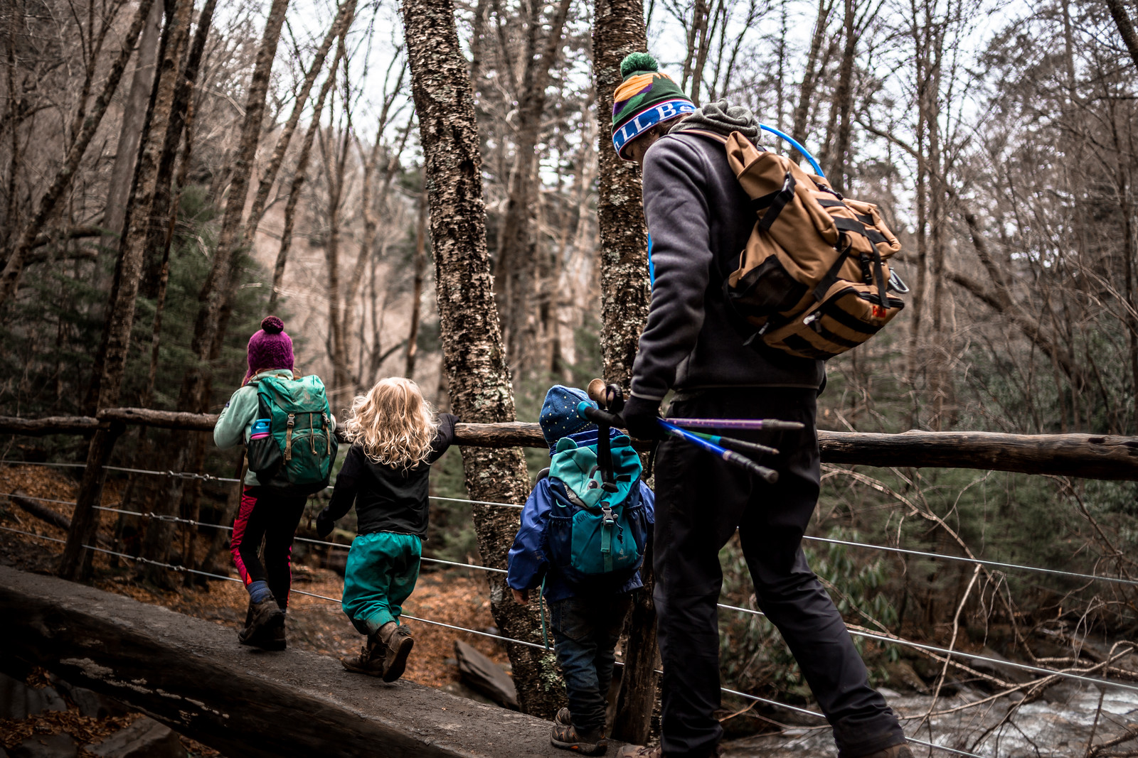 How to Set SMART Goals to Get your family in Nature by Julie McNulty for Hike it Baby