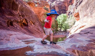 How to keep kiddos cool on trail when hiking in summer by Becca Hosley for Hike it Baby
